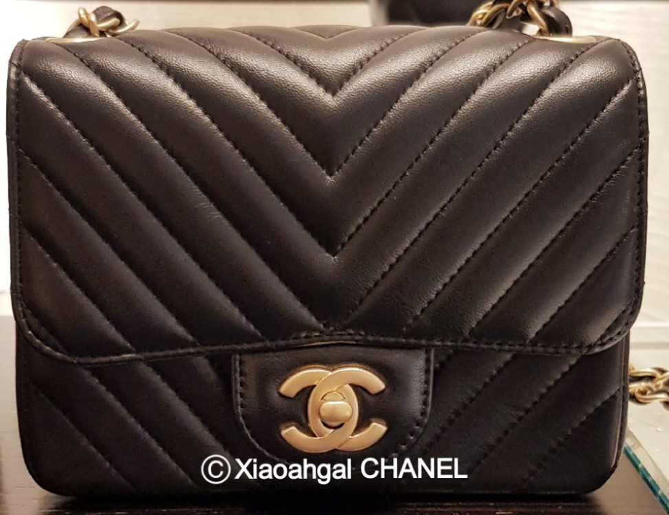 4664eda087be QYOP• Chanel limited edition brushed gold hardware mini square ...