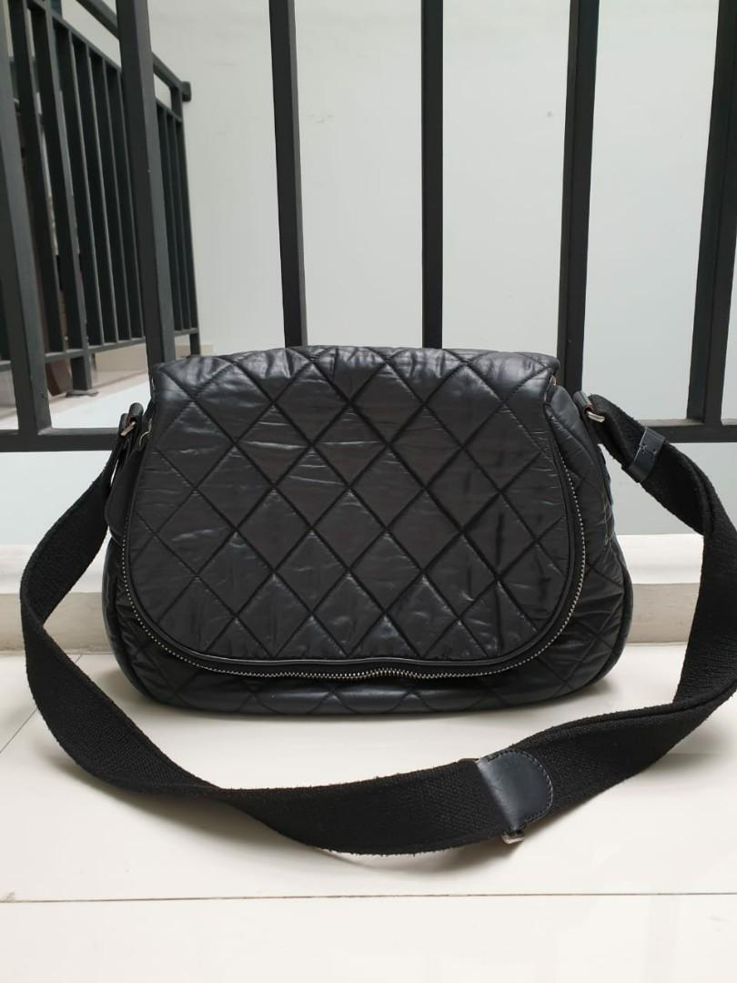 REPRICE ,Chanel buble black #15 bag and holo only (bisa sling and shoulder)