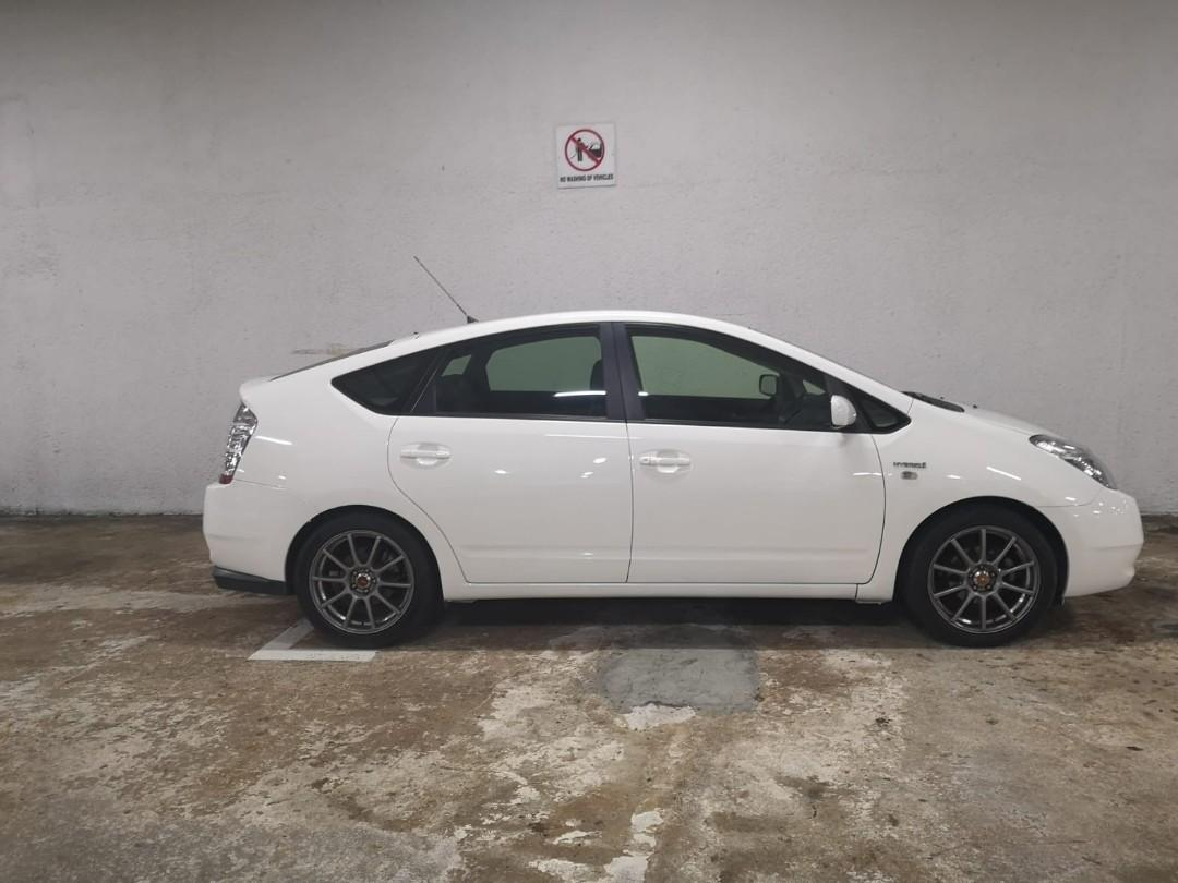 Toyota Prius 1.5A for rent