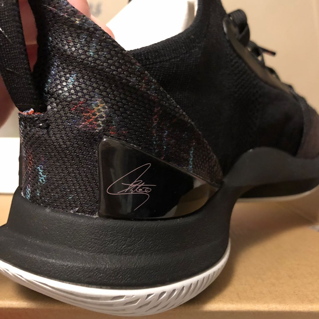 6822fe2527fd Under Armour Curry 5 US9 Black Friday