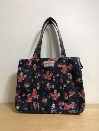 98%new-Cath Kidston-Carry all bag