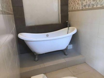 Bath Tub kamar mandi