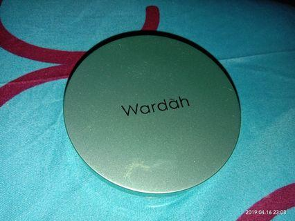 Bedak Wardah exclusive twc