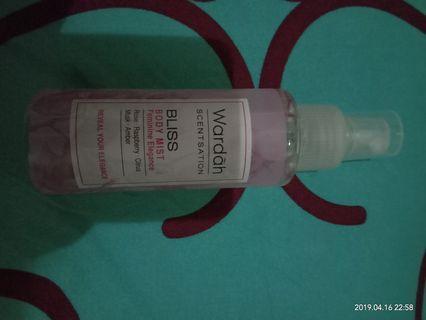 wardah body mist parfum