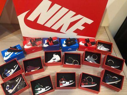 🚚 Nike鑰匙圈+迷你鞋盒