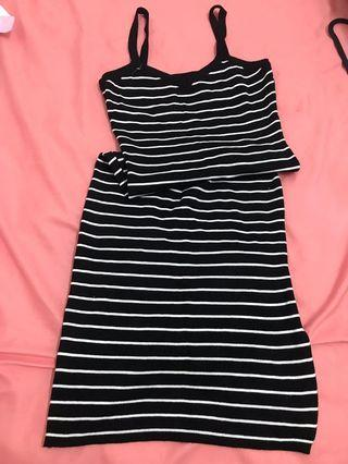 🚚 條紋長裙