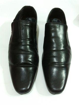 Sepatu kulit pantofel Next size 44