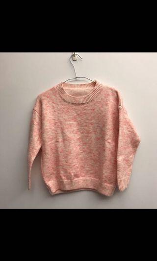 粉色短板毛衣