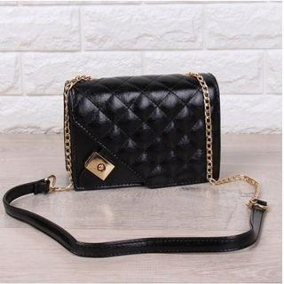 TAS IMPORT RHOMBIC CHAIN SMALL SQUARE BAG