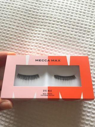 Mecca eyelashes
