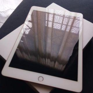 Ipad 6th Generation 9.7 wifi only