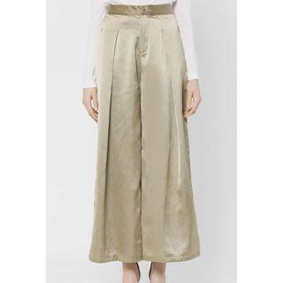 BNWT Pleated Palazzo in Olive