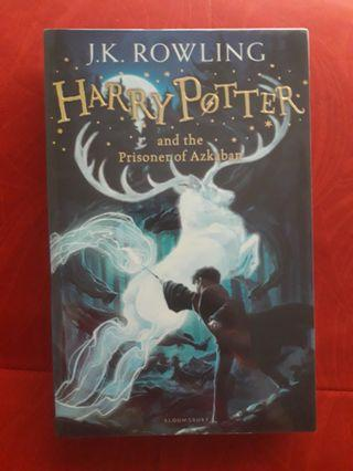 Harry Potter and the Prisoner of Azkaban (Bloomsburry edition)