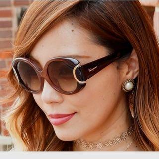 S. FERRAGAMO signature ladies sunglasses