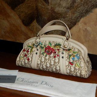 Sale!! C. DIOR floral embroidered handbag