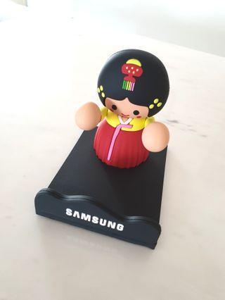 Korean Doll Gadget Stand #EndgameYourExcess
