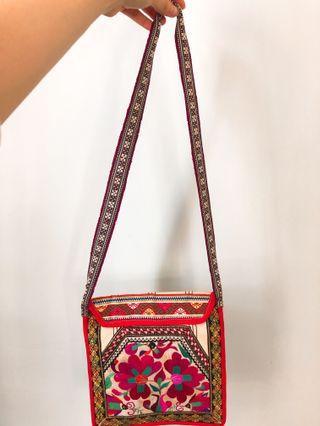 Chinese folk style flower pattern crossbody bag 民族風花紋斜肩袋