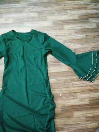 Blouse in emerald green