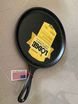 """Lodge cast iron pre-seasoned griddle 10.5"""" 26.7cm made in USA 🇺🇸"""