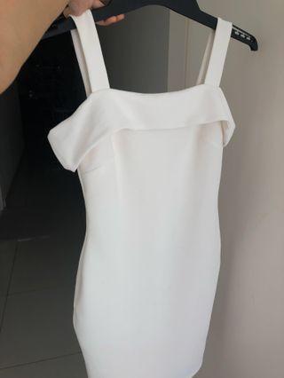 NEW MISS SELFRIDGE DRESS (knee-length)