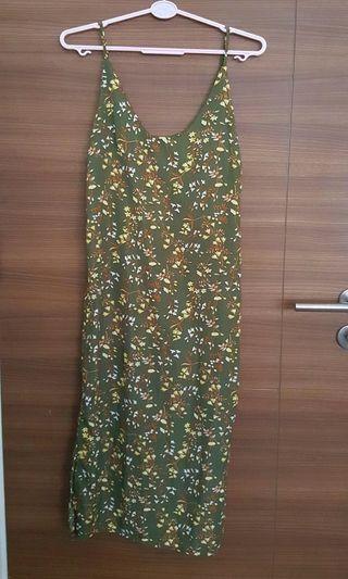 PLAYDRESS green floral dress