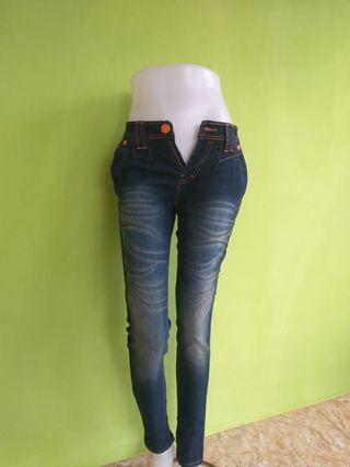 Celana Panjang Jeans Wash Venesia