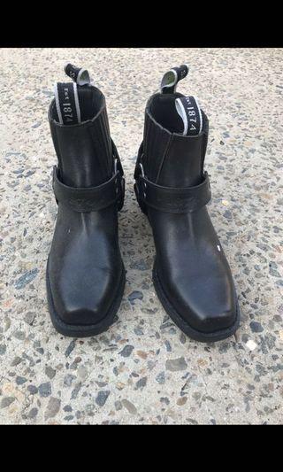 Slatters bike boots