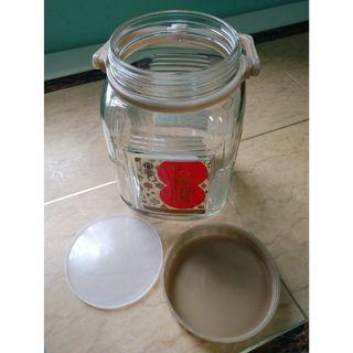 八珍5斤裝(2.4升)玻璃樽