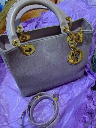 💯❗️CD Lady Dior Vintage‼️ ( last price $500 )