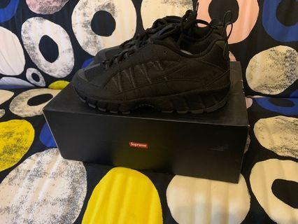 🚚 Nike Humara Supreme US10.5