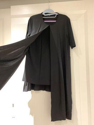 🚚 COS 不規則下擺造型上衣