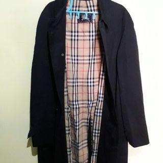 2cc998f9e3d9 Burberry Trench coat