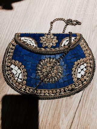🚚 Bohemian Sling Bag