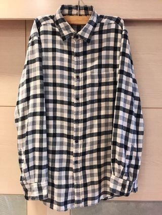 🚚 UNIQLO 黑白格紋長袖襯衫(男)厚款