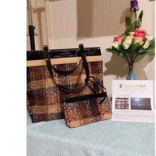 Pre owned authentic BURBERRY tote