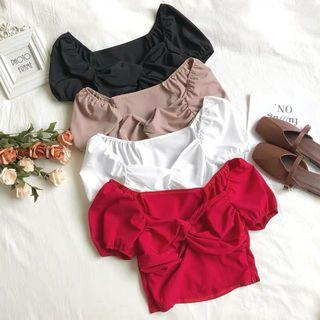 [PO] Sweetheart Wrap Front Puffy Sleeve Crop Top