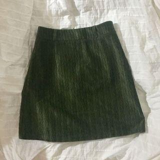 🚚 👘綠色A字型包臀半截裙
