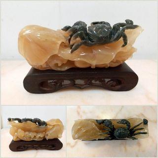 壽山石擺件 荷上趣蟹