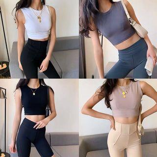 Preorder sporty cropped top