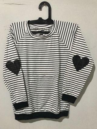Sweater garis