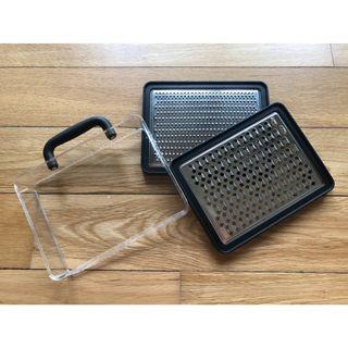 Brand New UMBRA Briefcase Cheese Grater – Black!