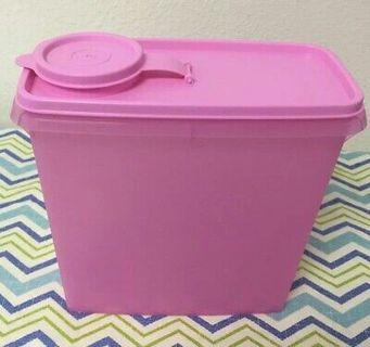 Tupperware Container green and pink