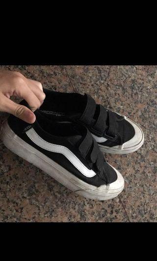 🚚 Vans魔鬼氈鞋