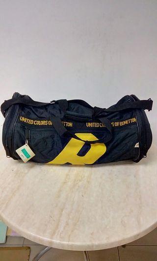 Travel bag bonetton