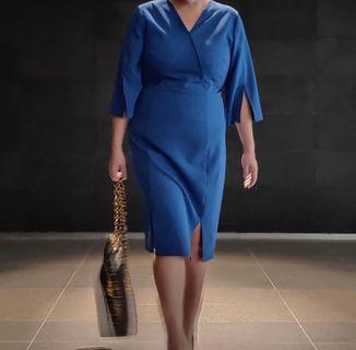 🚚 Voycestas Plus Blue Karen Split Sleeve Dress