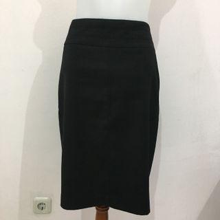 Mango Black Pencil Skirt (Rok Wanita) (Best Deal)