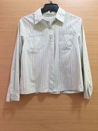 🚚 淺藍直條小鑲鑽襯衫