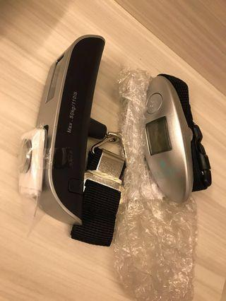 Luggage weigher