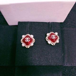 🚚 CHANEL vintage 經典珍珠紅耳環