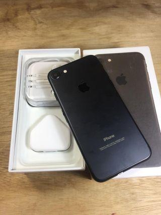 Iphone 7 256gb black fullset ex singapore ZP bisa CoD